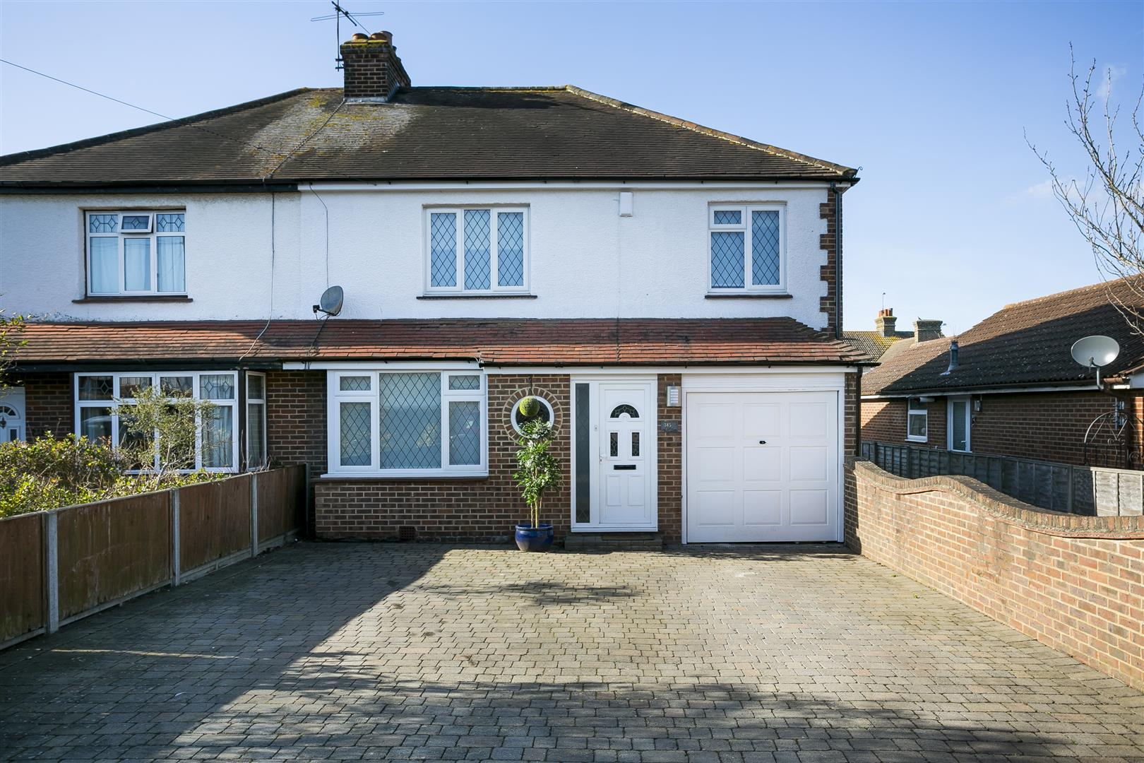 4 Bedrooms House for sale in Lunsford Lane, Larkfield, Aylesford